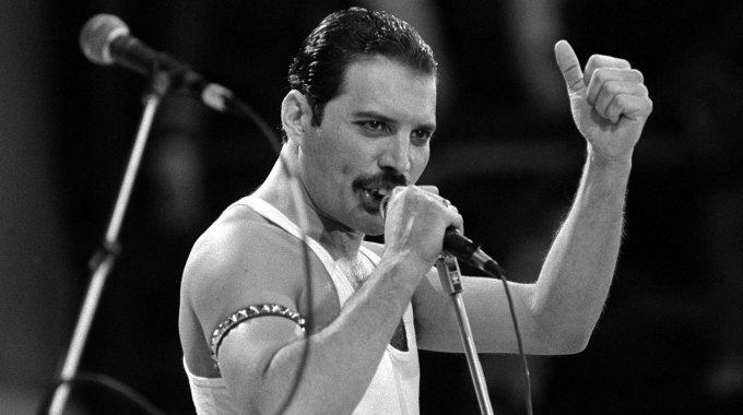 Biografía De Freddie Mercury