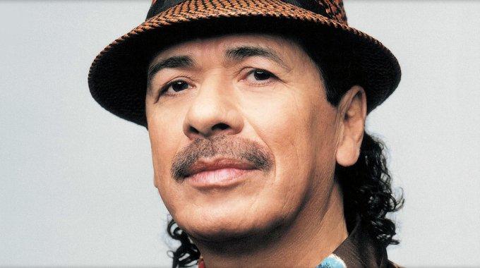 Carlos Santana la lía a cuenta de los Grammy