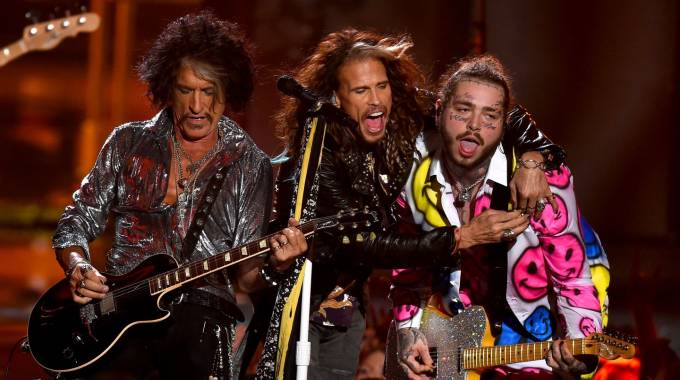 Aerosmith comparte escenario con el rapero Post Malone en MTV Video Music Awards 2018