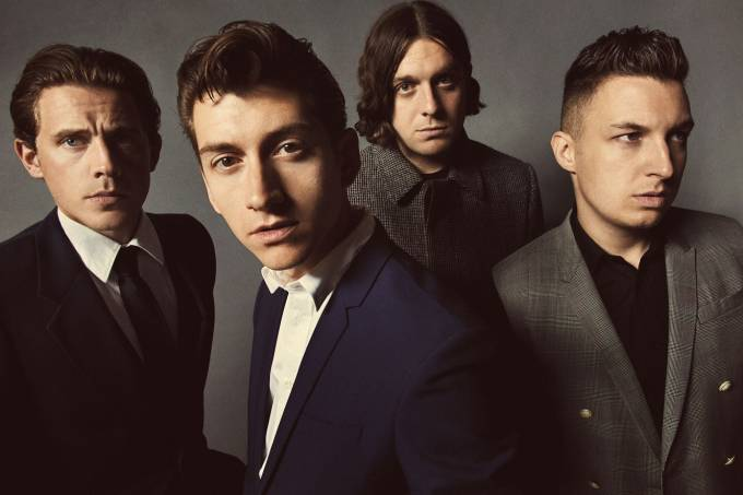 Arctic Monkeys regresan a Sheffield y tocan Mardy Bum cuatro años después