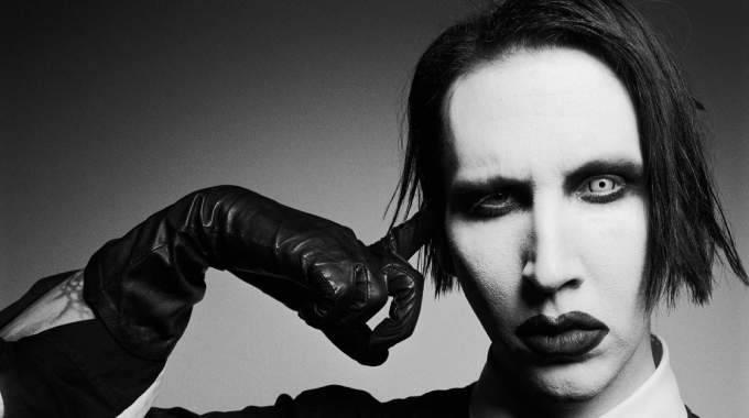 Marilyn Manson pone a la venta consoladores con su imagen por Halloween