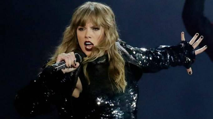 Taylor Swift, gran triunfadora de los American Music Awards