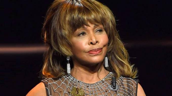 Tina Turner confiesa en su libro que recibió un riñón de su marido tras valorar el suicidio asistido
