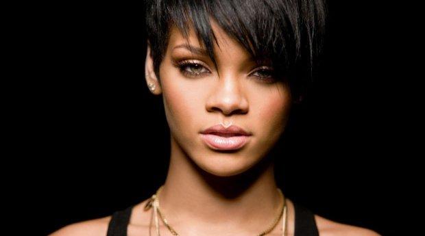 Nace la cantante Rihanna